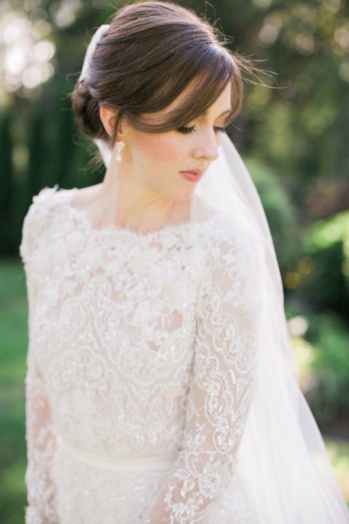 Wedding Hairstyle Inspiration - Photo: Rebecca Arthurs