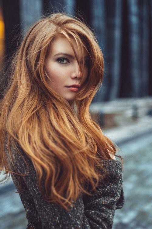Redhair long hair messy natural Haicut.