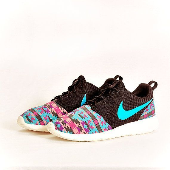 Super Cheap!Nike Only $21,How cute are these Cheap Nike Roshe Shoes?Them!It is s...