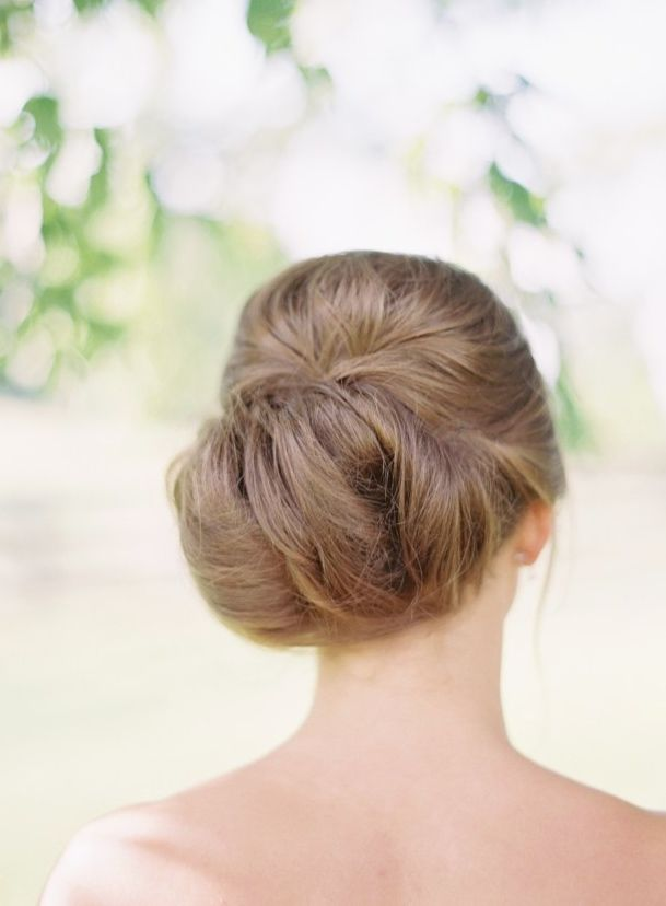 Featured Photographer: Elisa Bricker; Wedding hairstyle idea.