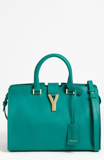 Emerald beauty: Saint Laurent Petite Ligne Y Leather Tote