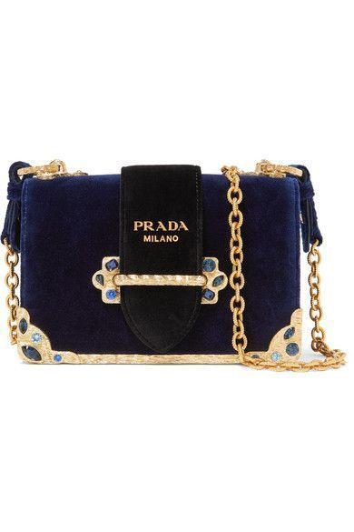 Prada à Luxury & Vintage Madrid, la meilleure sélection en ligne de vêtements...