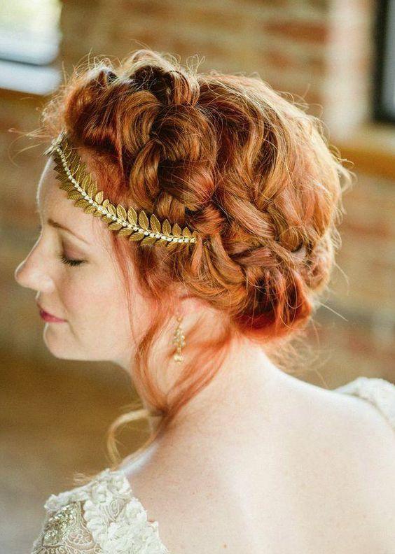 Wedding Hairstyle Inspiration - Photo: Amanda Megan Miller Photography