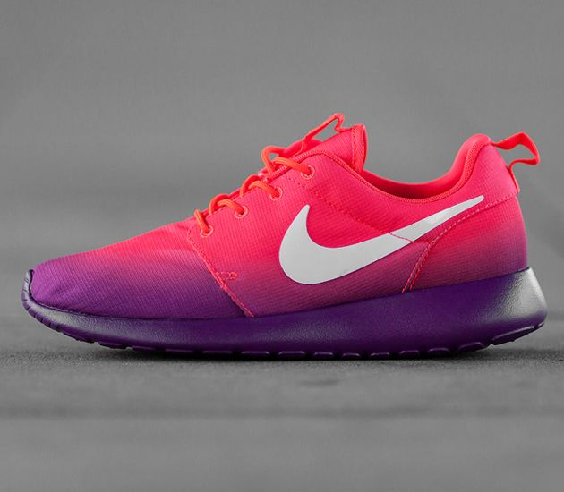 Nike WMNS Roshe Run-Laser Crimson-White-Bright Grape