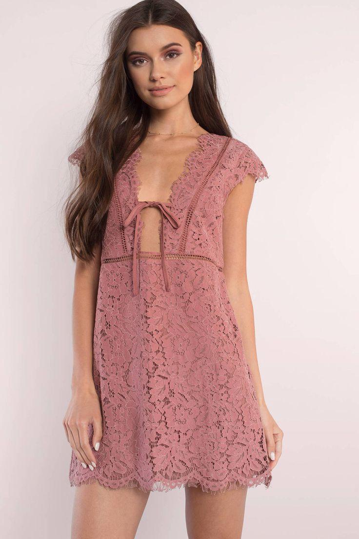 Sophia Scallop Lace Shift Dress