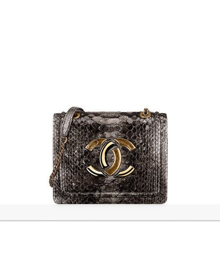 db4dd067d04edd Women's Handbags & Bags : Chanel Handbags Collection & more details ...