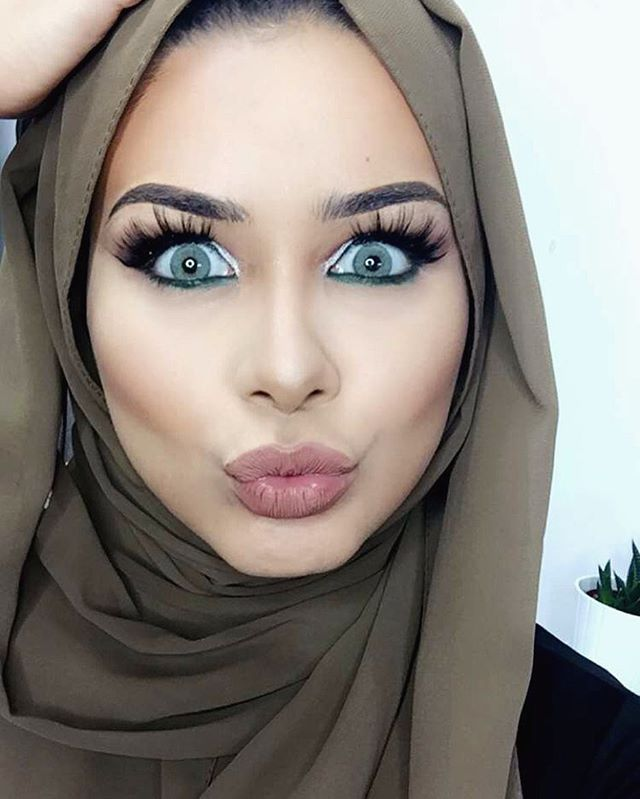 ANOTHER ONE! filmed my 3rd & final Eid glam look, to be up tomorrow inshAllah. I...