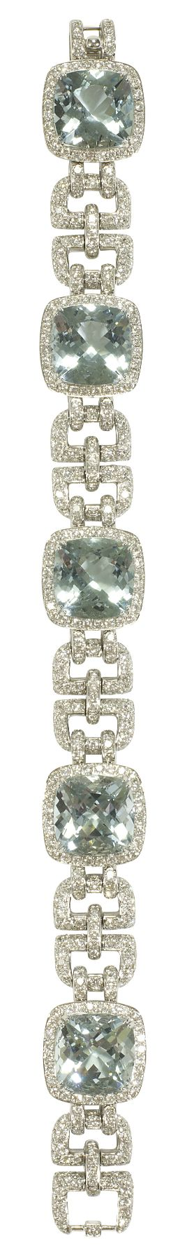 Asprey Windsor Bracelet, Aquamarine. Windsor Bracelet in aquamarine with pavé d...