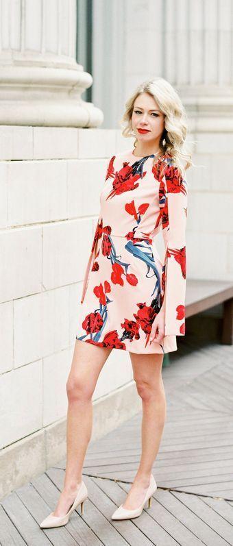 Cocktail dresses that WOW. Split sleeve floral dress.