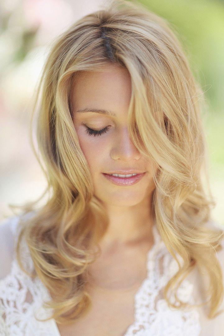 Wedding Hairstyle Inspiration - Photo: Sonya Khegay Photography