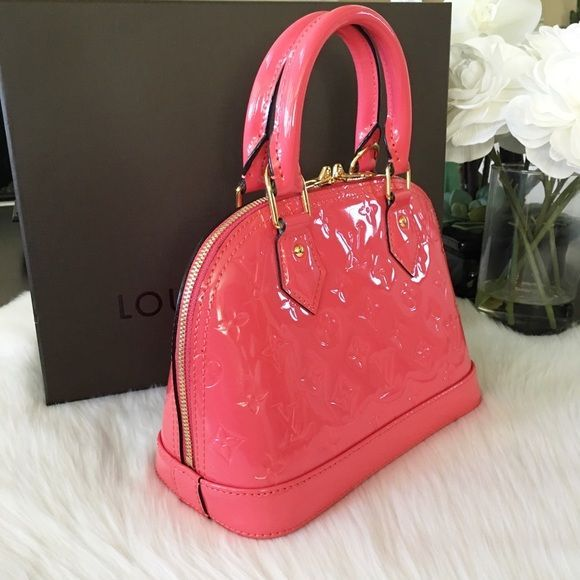⭐️NEW⭐️Louis Vuitton Alma Vernis BB Rose Litchi Fresh from the store ! N...