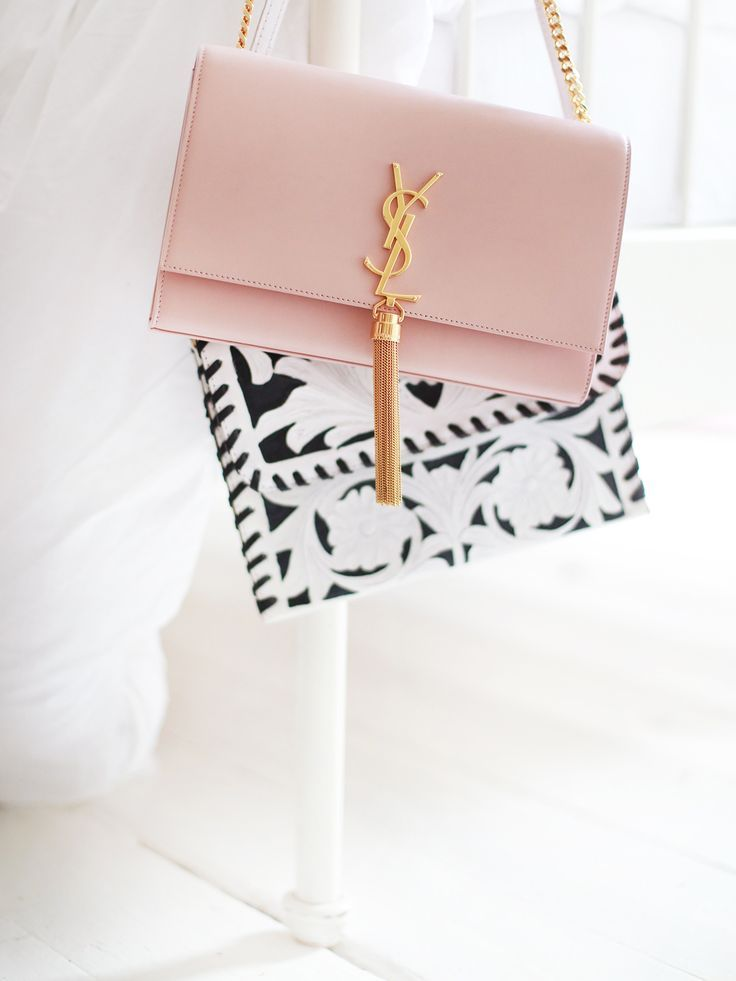 The Blush Pink Bag. (Kate La Vie)