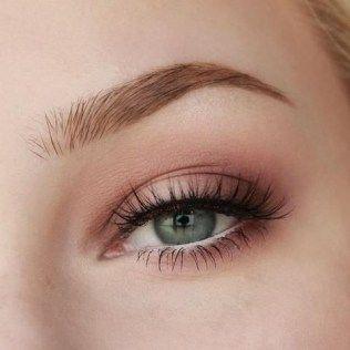 Wonderful makeup tips for brown eyes (52)