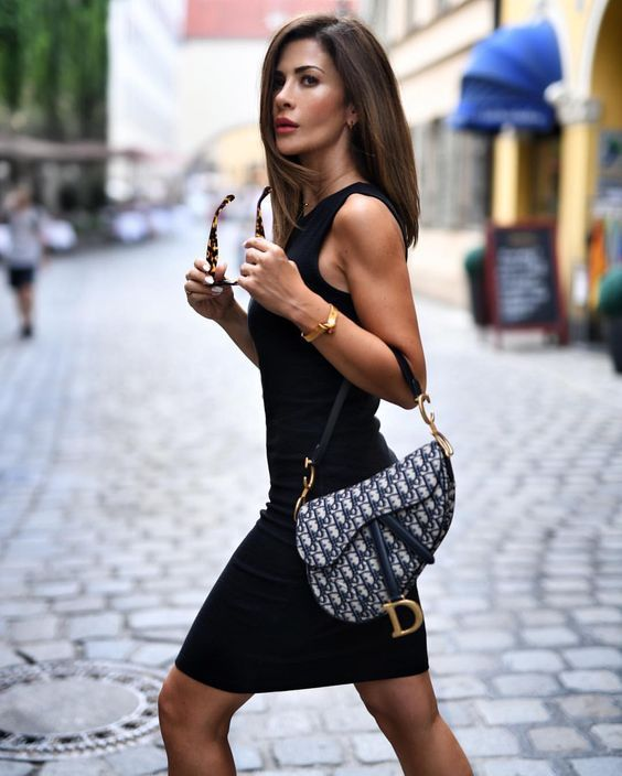 The most important luxury brands in the world, Luxury & Vintage Madrid, offers y...
