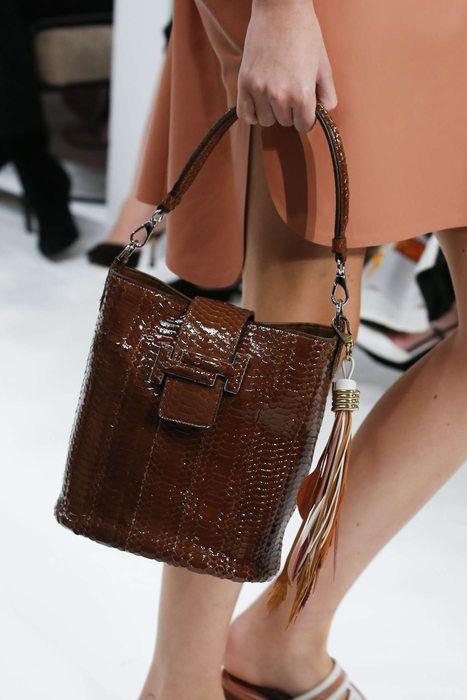 Les plus grandes marques de luxe au monde, Luxury & Vintage Madrid, vous propose...