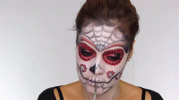 Easy Day of the Dead Makeup Tutorial Perfect For Halloween
