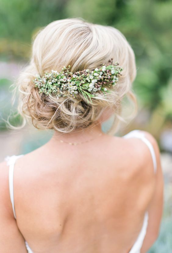 Wedding Hairstyle Inspiration - Photo: The Grovers Photography