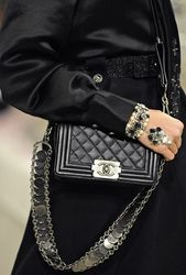 Chanel at Luxury & Vintage Madrid, the best online selection of Luxury clothing,...