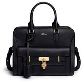 Luxury & Vintage Madrid, die beste Online-Auswahl an Luxus-Kleidung, Accessoires...